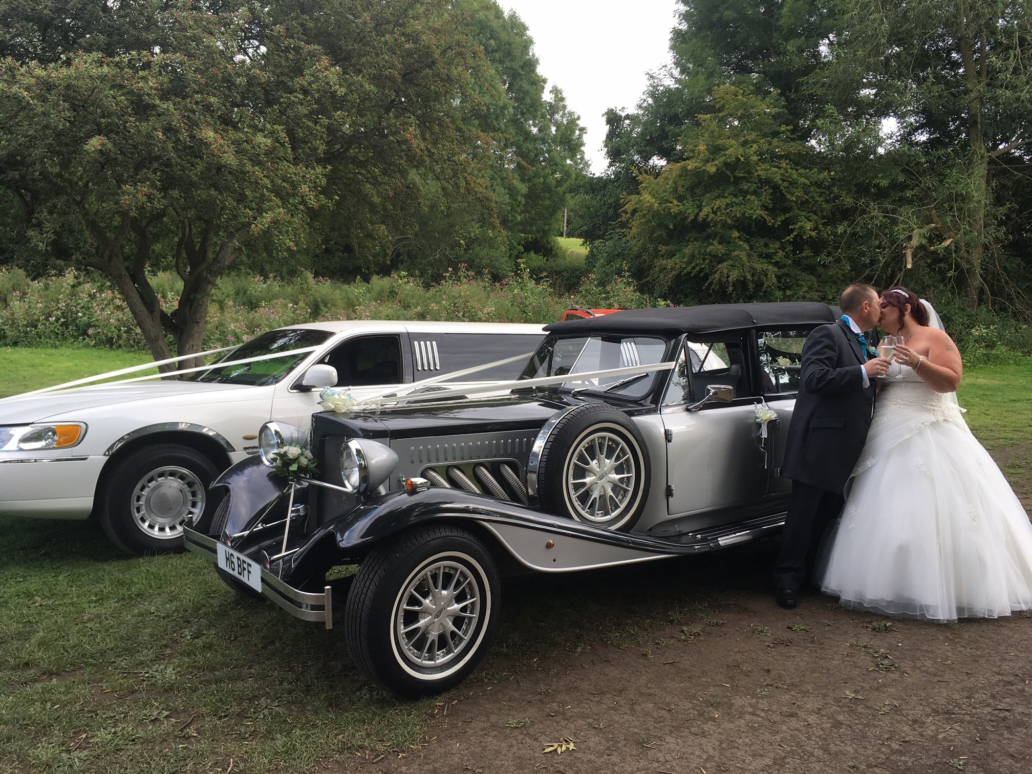 2-car-wedding