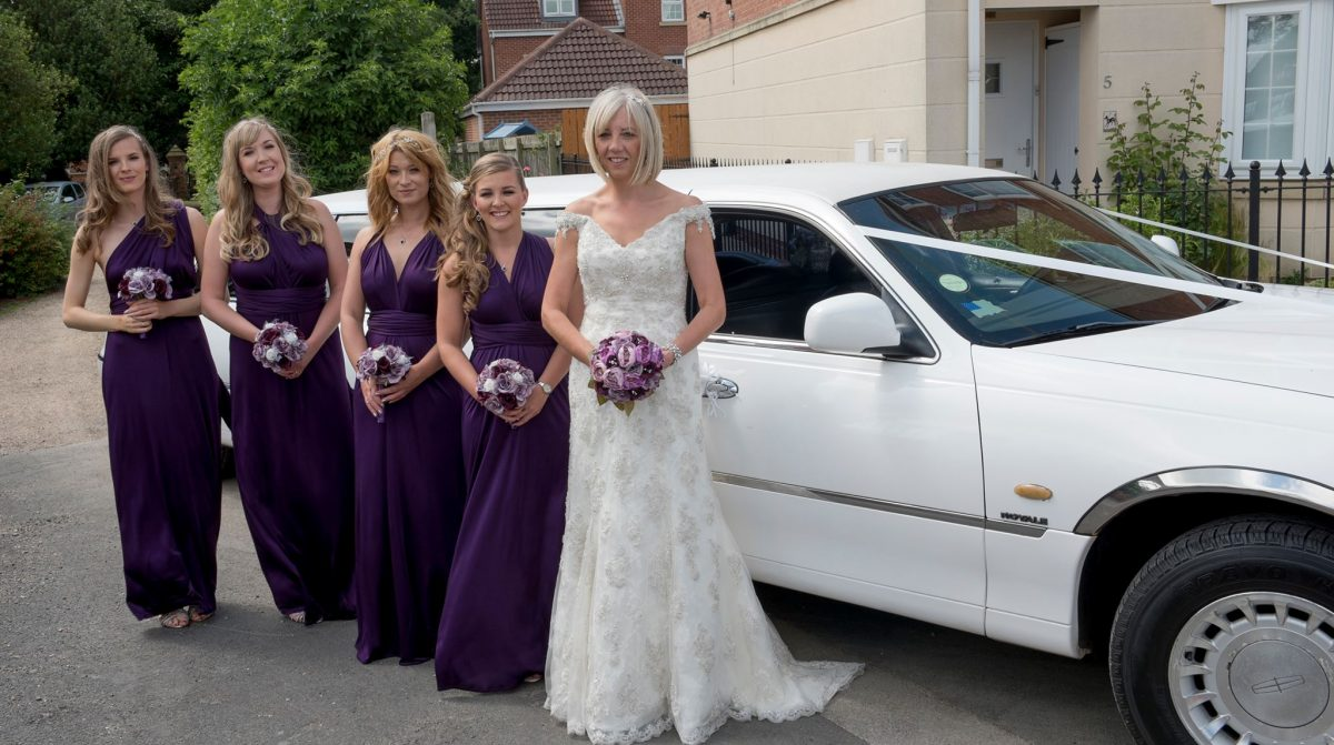 white_wedding_limousine_yorkshire