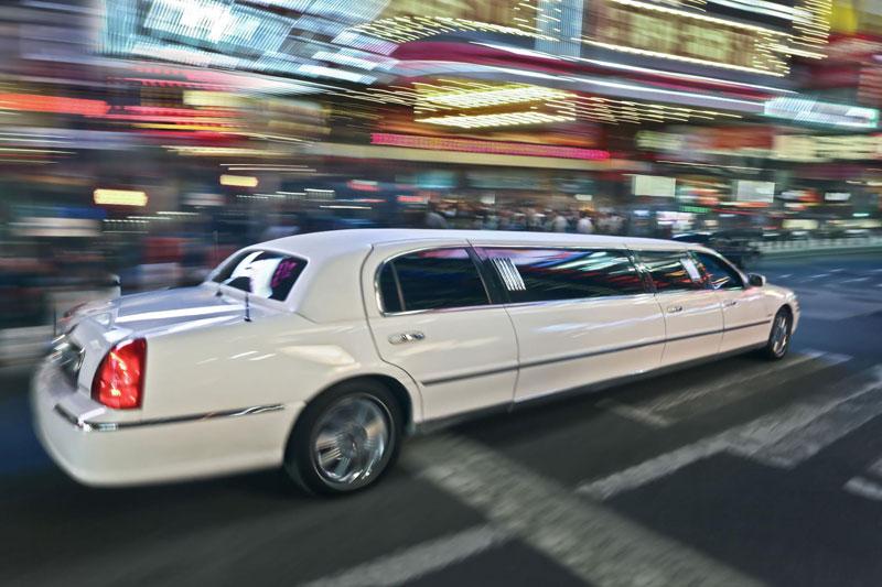limousine hire huddersfield